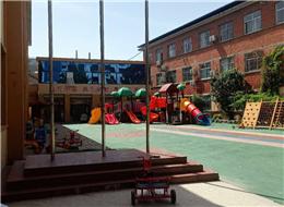 贝宝娃人工智能晨检机器人入驻许昌市文化街幼儿园